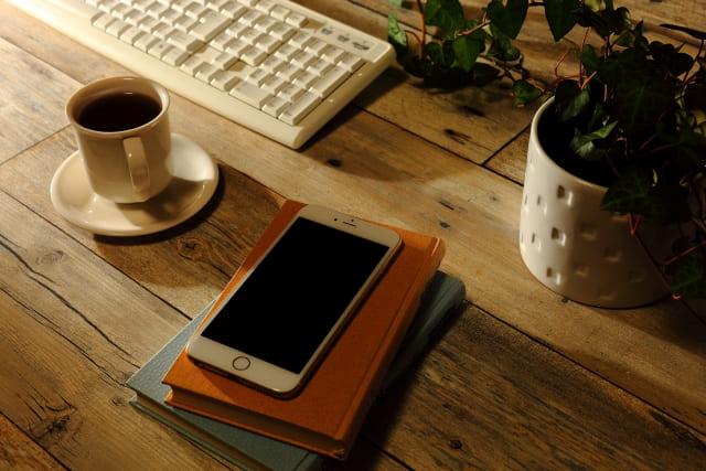 コーヒーとスマホ