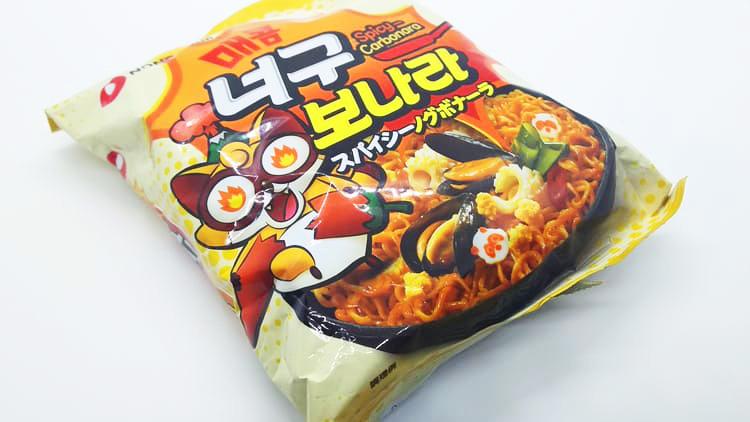 韓国製のインスタントヌードル
