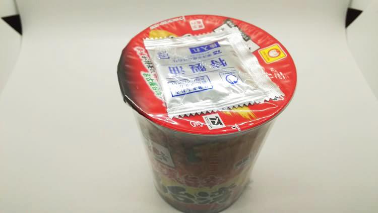 カップ麺のパッケージ