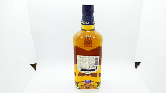 バランタイン12年のボトル裏