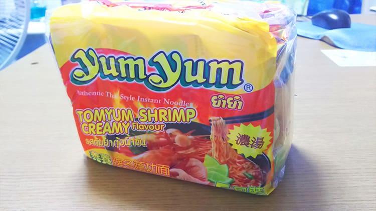 「ヤムヤム トムヤムシュリンプクリームヌードル」の外袋
