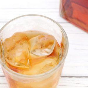 グラスに入ったウイスキー